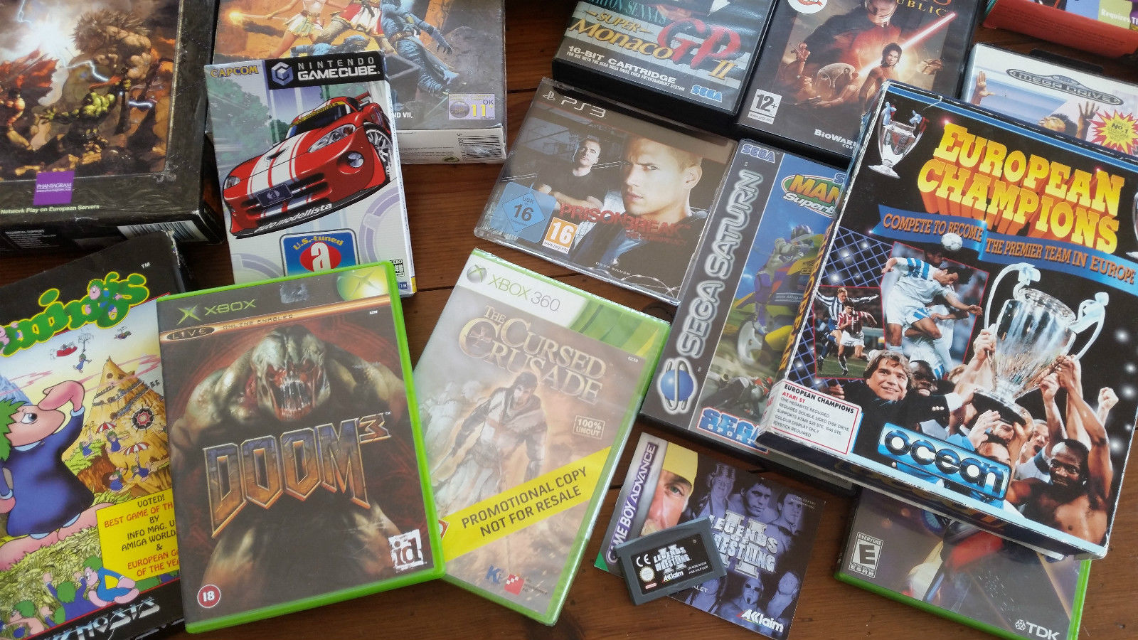 video-games-collection-mega-drive-saturn-atari-st-_57